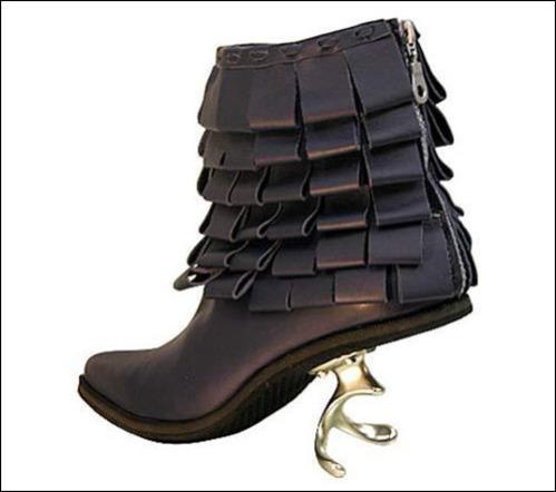 the-center-heel-corkscrew-shoe